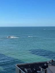 Loft com vista eterna para o mar e lazer completo na  cobertura.