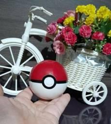 Pokebola mais miniatura Pokemon conforme fotos