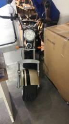 Scooter (moto) elétrica