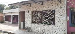 Casa no bairro do Almir Gabriel.