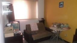 Procuro pedreiro para morar e reformar apartamento no bairro Castelo em BH