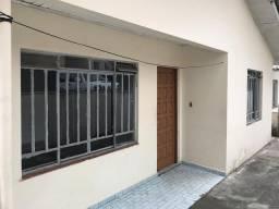 Casa para alugar com 2 dormitórios em Portão, Curitiba cod:Loc casa Alvaro Andrade