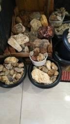 Muitas pedras diversos tipos