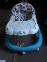 Andador e bebê conforto 150