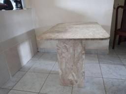 Mesa de marmore nova