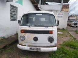 Vende-se combi 2005, sem motor e sem caixa de marcha