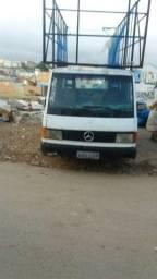 Vendo Mercedes mb 180 direção hidráulica ano 96 watts *