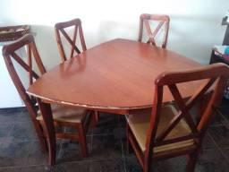 Mesa mogno 4 cadeiras