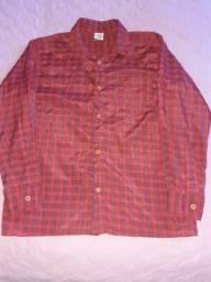 Vendo camisa de manga longa masculina,usada , N. 10.