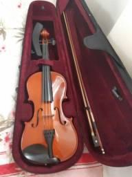 Vendo violino bem conservado
