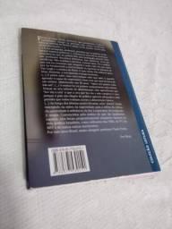 """Livro """"Pedagogia da Autonomia"""""""