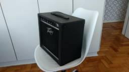 Amplificador para guitarra/teclado Peavey KB/A 15 com dois canais