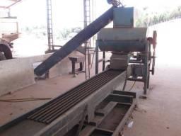 Máquina de Processamento do Coco Babaçu