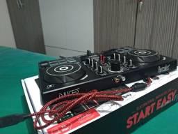 Controladora DJ Hercules DJControl Inpulse 200