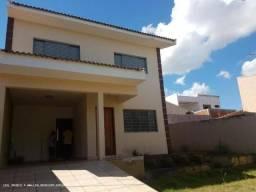 Casa para Locação em Presidente Prudente, OURO VERDE, 4 dormitórios, 1 suíte, 3 banheiros,