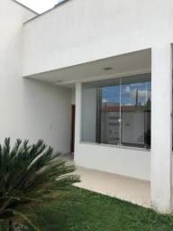 Linda casa no bairro Gaivotas