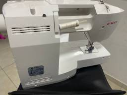 Máquina Patchwork singer modelo 6160
