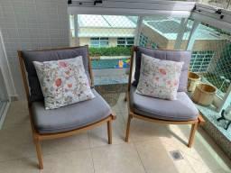 Cadeiras sacada em madeira lei com almofadas