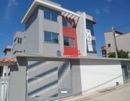 Ótimos apartamentos na Av principal de Costa Azul com 2 quartos e fino acabamento