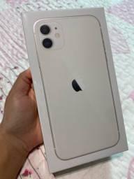 Iphone 11 64GB Branco NOVO - Anatel