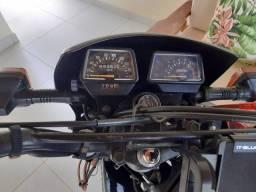 Vendo moto relíquia