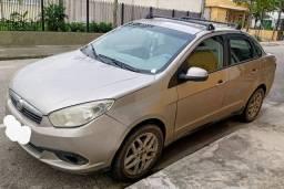FIAT GRAN SIENA 1.6 / 2014 GNV