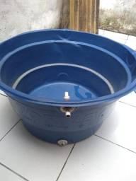 Caixa de água 250 litros