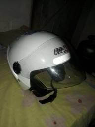 Dois capacete
