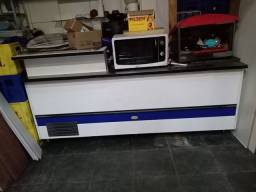 Balcão AG Rebelo com pia e geladeira de 2 portas
