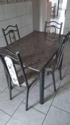 Mesa pedra de marmore 4 cadeiras