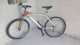 Vendo uma bike por 800 reais