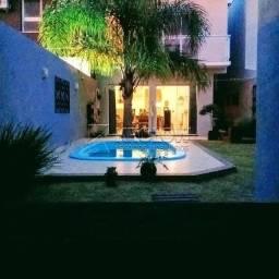 Casa à venda com 3 dormitórios em , cod:C3516