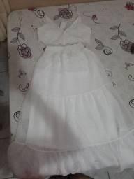 Vende-se este conjunto de saia e cropped branco
