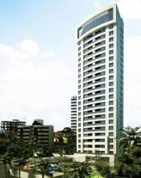 Apartamento semi-mobiliado no Condomínio Rosária Carriço 127m2