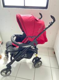 Vende-se carrinho e bebê conforto estado de NOVO