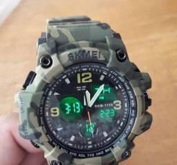 Relógio Camuflado Shock