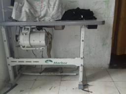 Vendo máquina de costura em perfeito estado morbor industrial reta