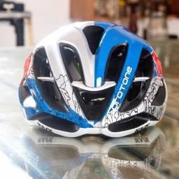 Capacete Ciclismo/MTB Red Bull tamanho M