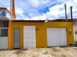 ALUGO, casa com 3- Quartos Arapiraca/AL