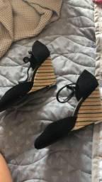 Vende se sapato usado