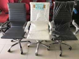 Cadeiras presidente só 590 parcelamos
