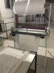Maquina de fabricação de tapete higienico pet