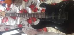 Vende-se uma guitarra 6 cordas