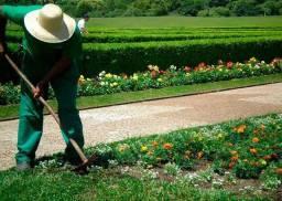 Vaga para ajudante de jardineiro