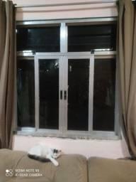 Vendo 2 janela