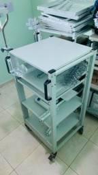 Estante rack para equipamento de endoscopia
