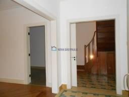 Casa de Vila disponível para locação na Santa Cecília.