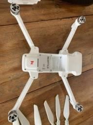 vendo drone fimi x8se 2020 e assessórios  para usar peças