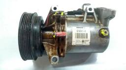 Compressor do ar condicionado Renault Sandero Logan 2015 2016