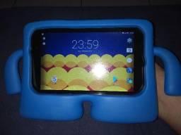 Tablet com capa infantil 90,00